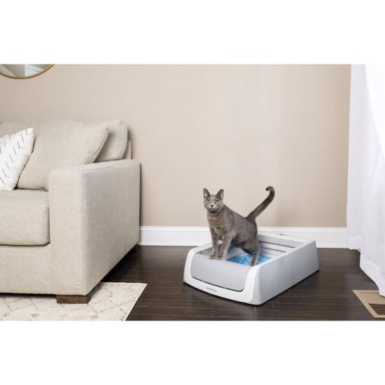 ScoopFree® Self-Cleaning Litter Box, Second Generation